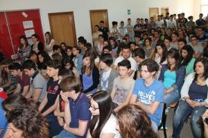 Gli studenti dell'Istituto Agostinelli